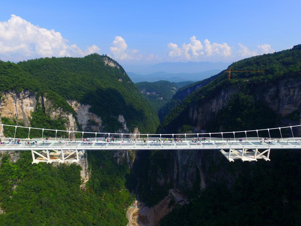 张家界世界第一玻璃桥